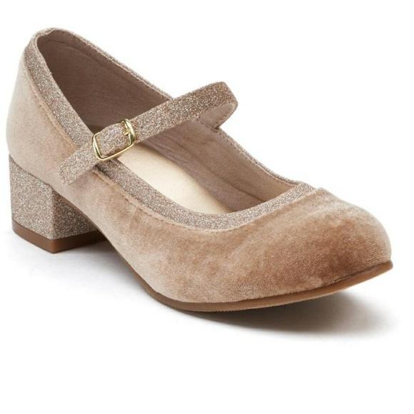 caaaaeff0ea7 SO Shoes | Ferron Girls Dress Heels | Poshmark